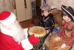 барабанный Дед мороз